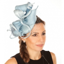 blue sisal beret with veiling