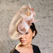 pastel pink basket weave disc by guibert