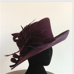 Medium Brim Hat in Burgundy