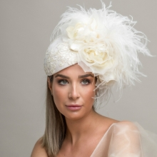 rtv2 lace beret by guibert with ostrich feathers