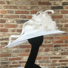 guibert large floral hat in white