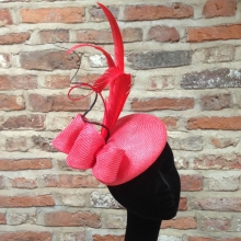 tomato red straw beret