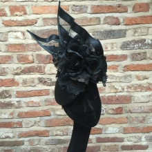 black guibert beret headpiece with lace