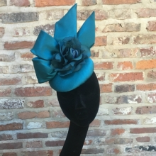 teal beret cocktail hat with bow
